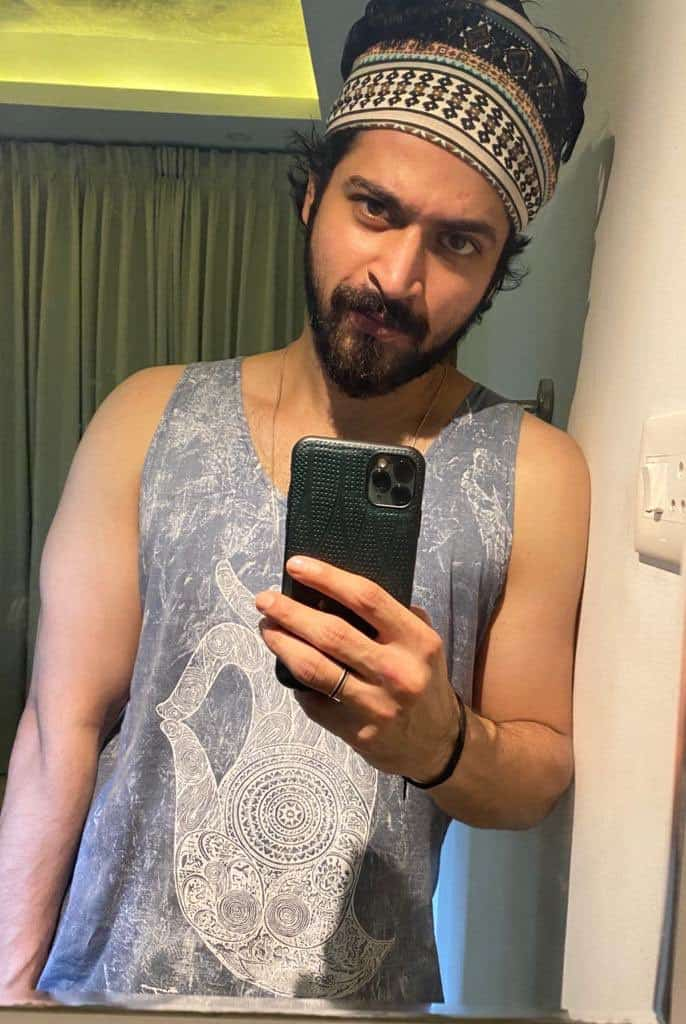Actor Harish Kalyans Rare Photo Gallery (27)