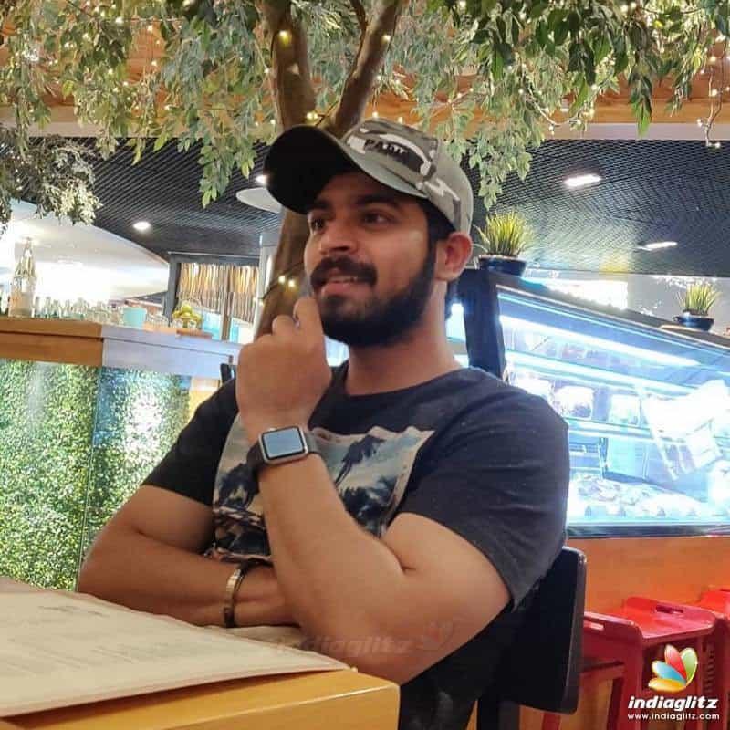 Actor Harish Kalyans Rare Photo Gallery (34)