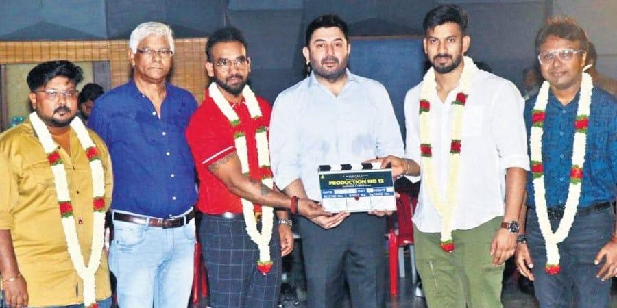 Actor Arvind Swamis Rare Photo Gallery (22)