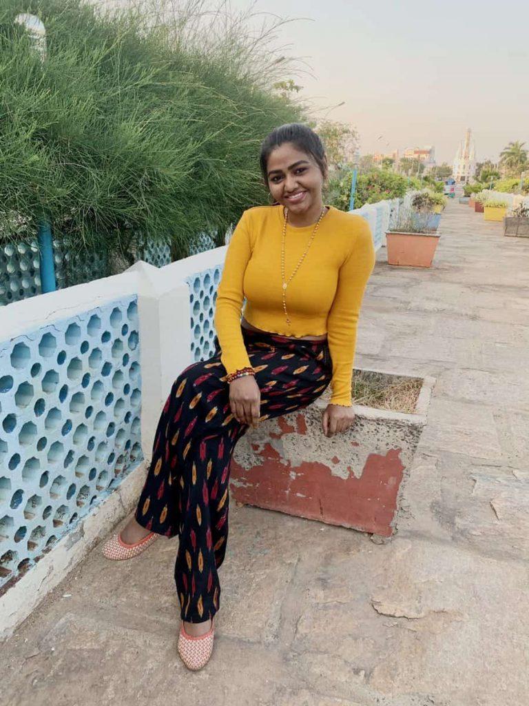 Actress Shalu Shamus Rare Photo Gallery (22)