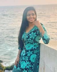 Actress Shalu Shamus Rare Photo Gallery (26)