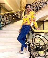 Actress Shalu Shamus Rare Photo Gallery (36)