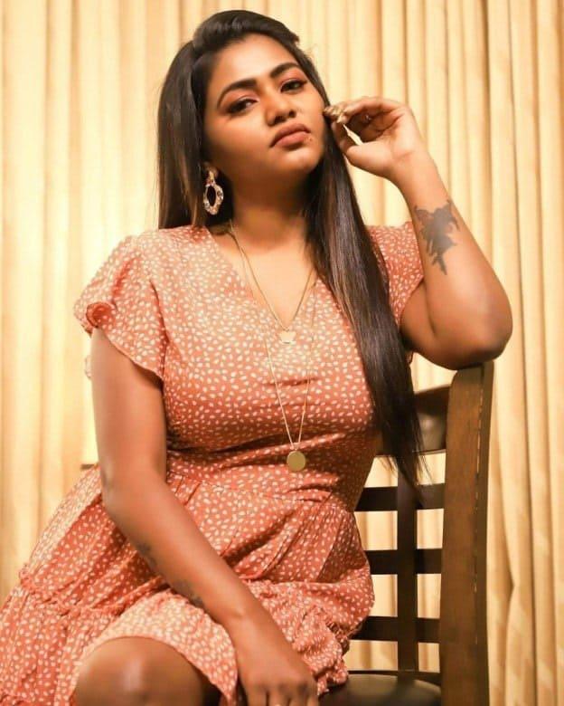 Actress Shalu Shamus Rare Photo Gallery (50)