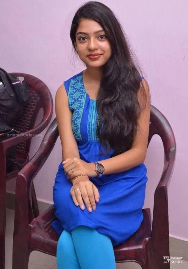 Actress Varsha Bollammas Rare Photo Gallery (18)