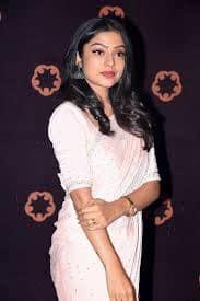 Actress Varsha Bollammas Rare Photo Gallery (25)