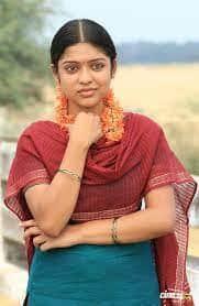Actress Varsha Bollammas Rare Photo Gallery (27)