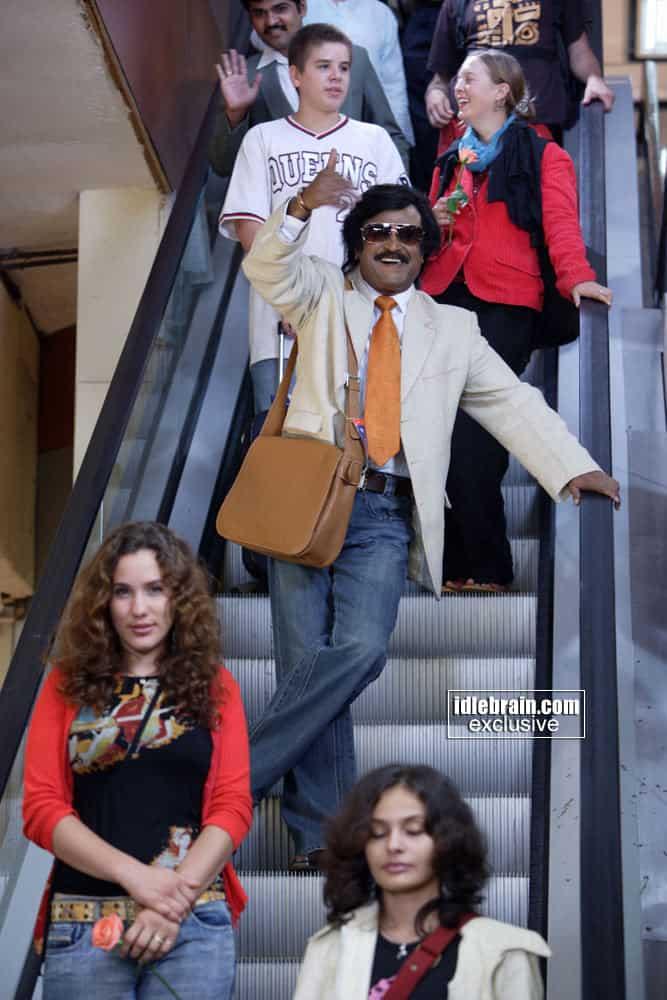 Rajinis Sivaji Movie Rare Photo Gallery (29)